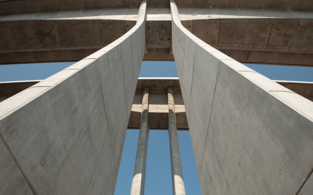Concrete Versus Reinforced Concrete: What's the Difference?